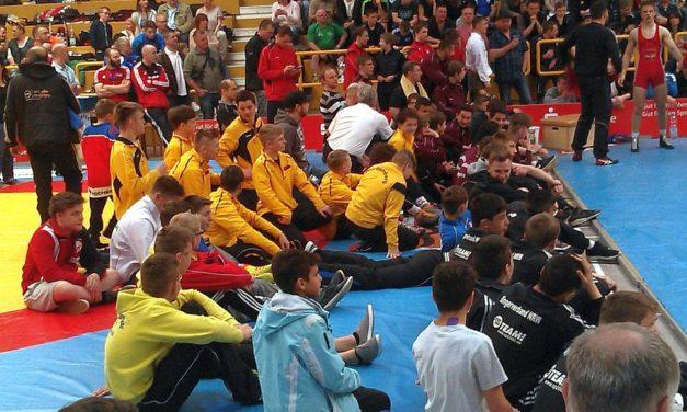 "<span class=""entry-title-primary"">Deutschlands stärkste Teenager</span> <span class=""entry-subtitle"">DM der Ringer-A-Jugend im Freistil</span>"