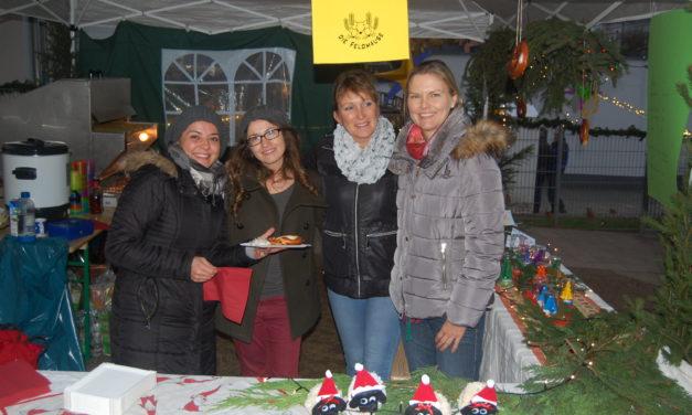 """<span class=""""entry-title-primary"""">Weihnachtsmarkt in Ebersheim</span> <span class=""""entry-subtitle"""">Strahlende Gesichter und Lichter der Besinnung</span>"""